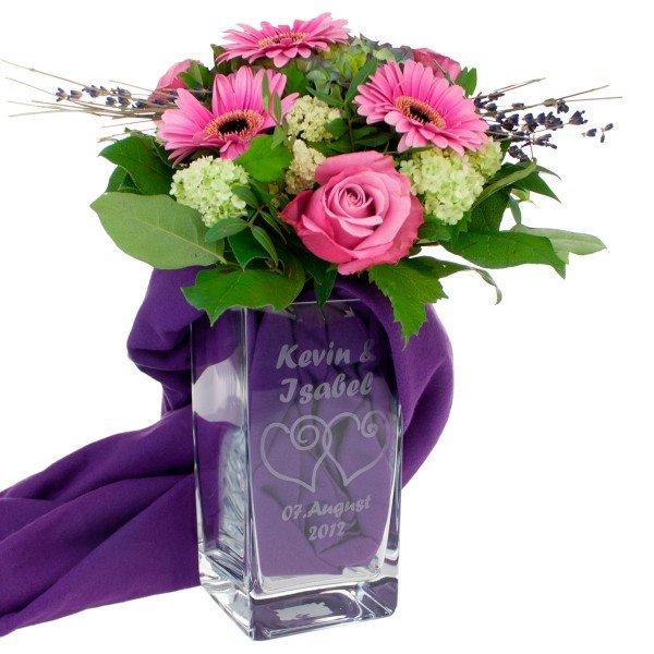 Vase mit Herzen